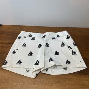 J Crew sailboat white navy chino shorts
